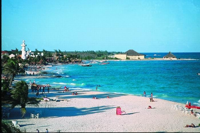 A praia de Playa del Carmen